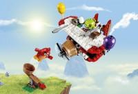 lego-angry-birds-piggy-plane-attack
