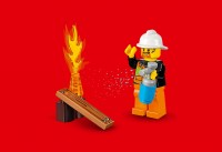 lego-juniors-fire-patrol-suitcase